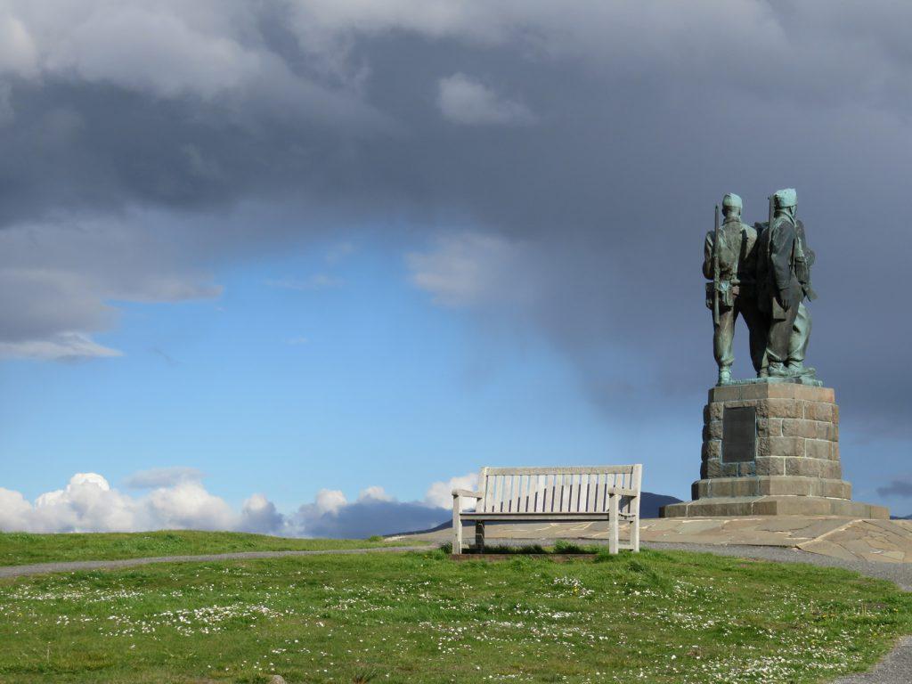 09-35_Scottish_monument